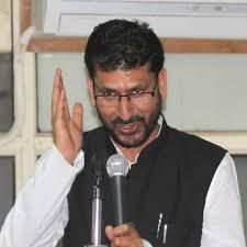 Farooq Abdullah needs to be Tutored on State Constitution: Ambardar