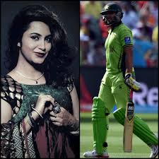 Fatwa Against Model Arshi Khan for saying she had Sex with Afridi, Files police Complaint