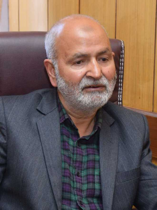 Why Separatists Are Hell Bent To Destroy Kashmiri People; Asks Education Minister