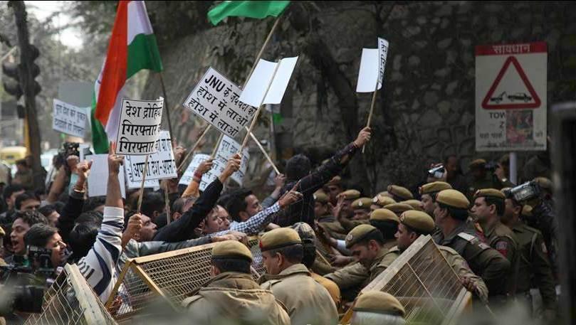 Lawyers Attack Scribes, JNU Students, Teachers