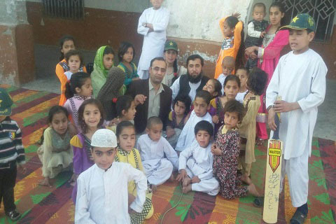 Pakistani Father Of 35 Plans To Have 100 Children