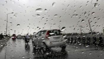 Despite Rains, Srinagar-Jammu National Highway Through
