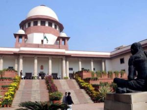 Supreme Court With Government On Old Notes Issue; Refers Demonetisation Move