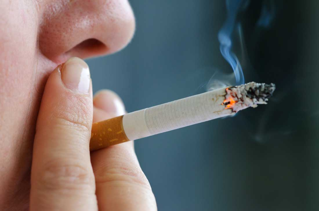 About 21 Pc Mumbai Youngsters Smoke To 'Look Cool': Survey