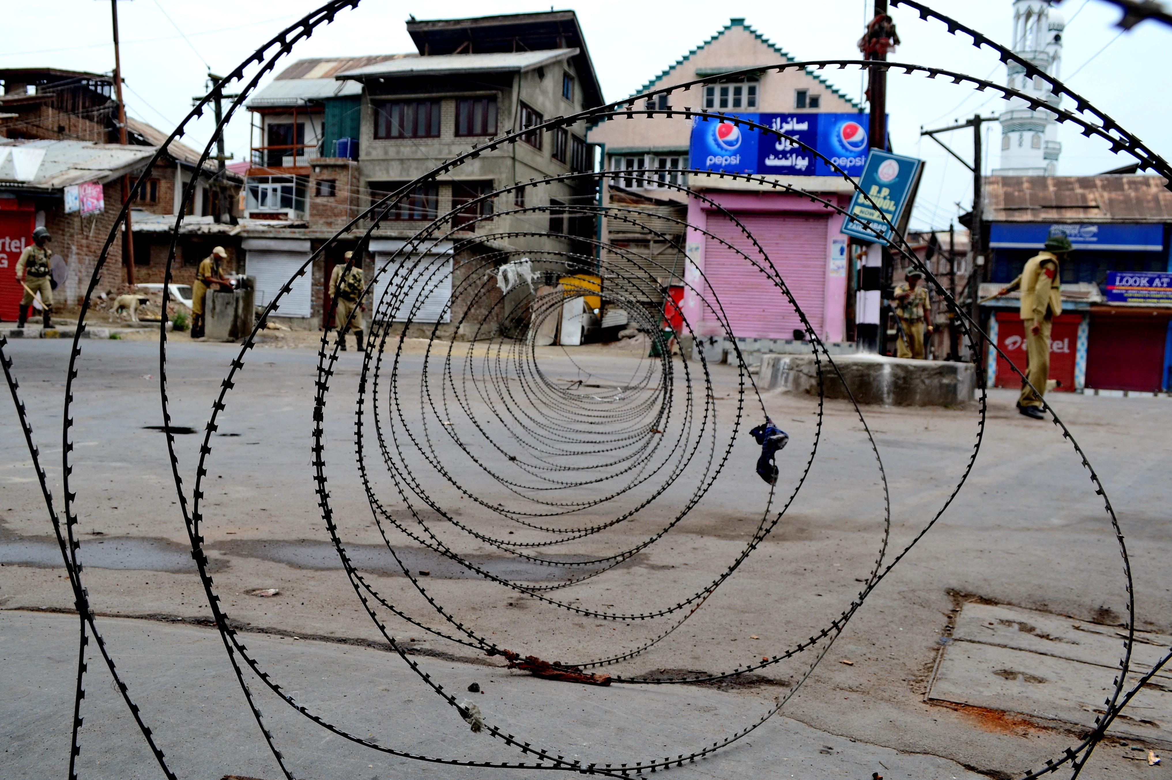 Day 91: Shutdown Across Kashmir; Restrictions In Srinagar To Halt UN March