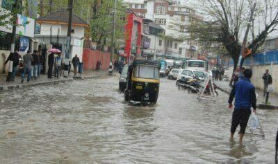 Heavy Downpour Inundates Kashmir