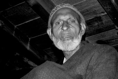 Meet This Old Man Who Runs Only Traditional Oil Mill Of Kashmir