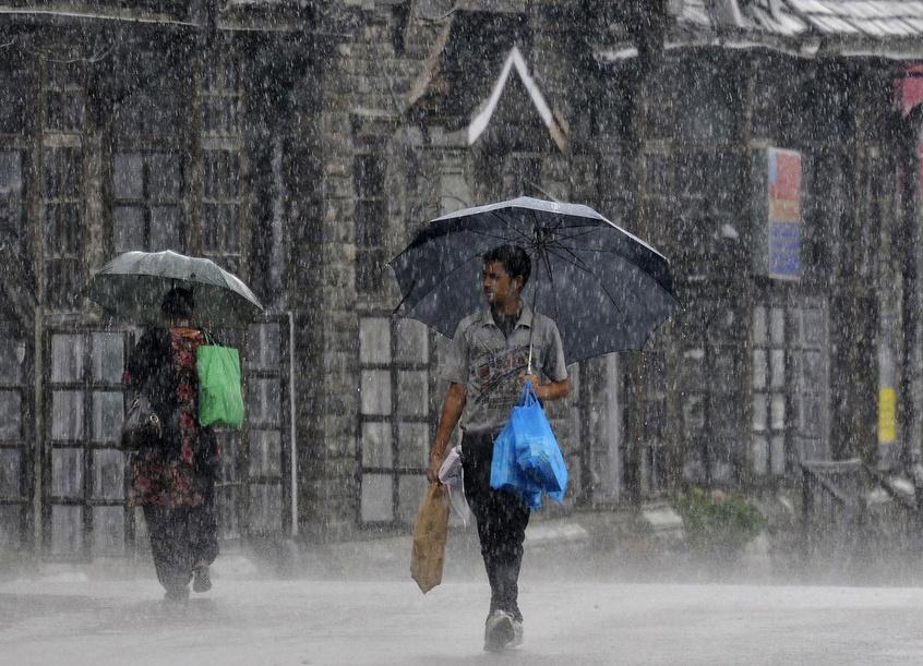 MET Predicts Rainfall In Kashmir