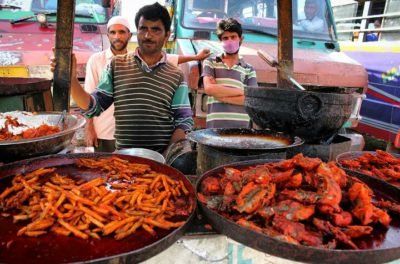 Meet the Roadside Vendors To Relish  Traditional Foods Of Kashmir