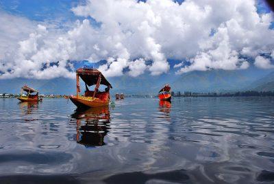 National News Channels  Damage The Kashmir Tourism Industry